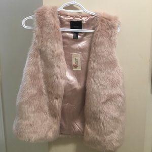 Fuzzy forever 21 vest